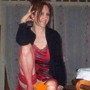 Hausfrau aus Bern hat Lust zu bocken